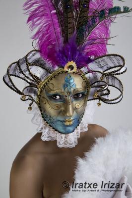 Mascara Veneciana – Maquillaje y Fotografía: Iratxe irizar / Modelo: Eider